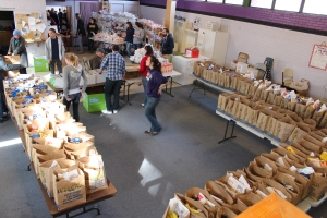 Students volunteer at the Bulldog Pantry, a student-run food pantry that benefits the Fresno community.